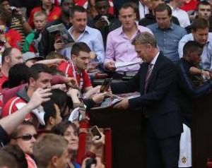 Miért kell kiállnunk a Manchester United menedzsere mellett?