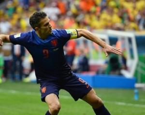 Van Persie góllal Hollandia a harmadik
