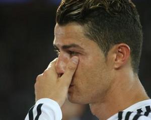 Ronaldo kibukott Bale-tõl