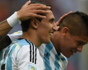 Válogatottak: Argentína kiütéssel a döntõben