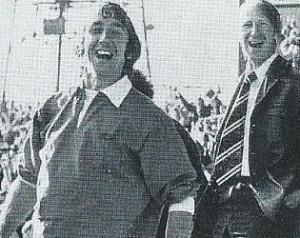 A korábbi United menedzser tiszteleg az úttörõ fizioterapeuta elõtt