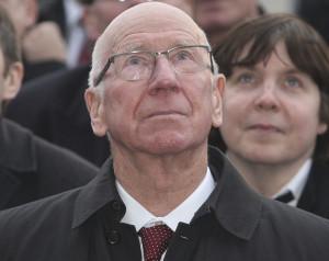 Sir Bobby Charlton után nevezik el a déli lelátót