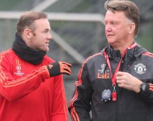 Rooney: A játékosok érdemlik a kritikát