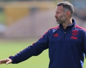 Hivatalos: Giggs távozik a Unitedtõl