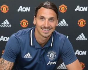 Zlatan: Manchester Istene leszek