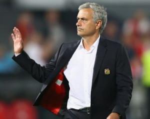 Mourinho támogatja játékosait