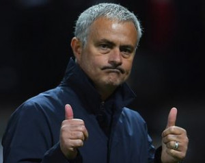 Cantona támogatja Mourinhot