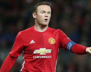 Friss hírek Rooneyról és Smallingról