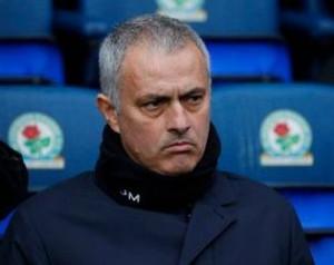 Mourinho: Young a meccs embere