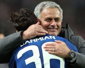 Mourinho megtartaná Darmiant