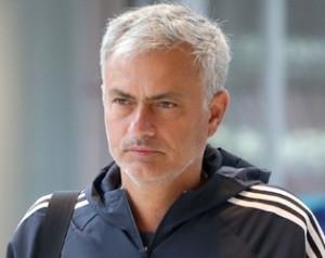 Korai csapathírek az UEFA Szuperkupa döntõ elõtt