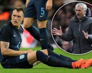 Mourinho újabb csörtéje az angol válogatottal