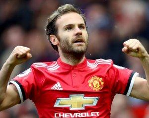 Hivatalos: Mata egy évvel hosszabbított