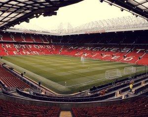 Nem lesz könnyű bővíteni az Old Traffordot
