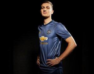 Hivatalos: Diogo Dalot a United játékosa