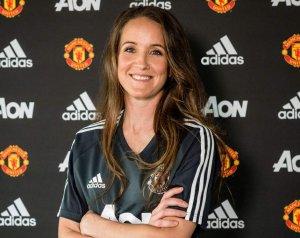 Casey Stoney lett a United új női csapatának edzője