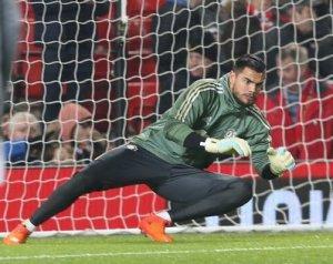 Romero: Maradok!