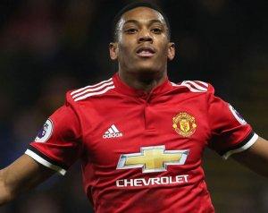 Nem tervezik Martial eladását a Unitednél