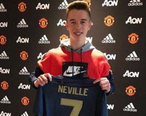 Ismét van egy Neville a klubnál