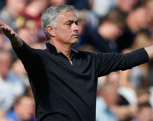 Nincs döntés Mourinhóról