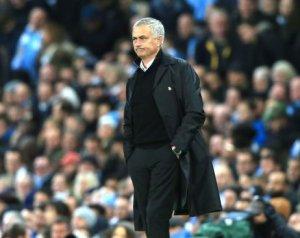 Hogy látja Mourinho a top 4 esélyét?