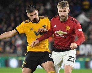 Shaw a Wolves ellen rendbe hozná a dolgokat