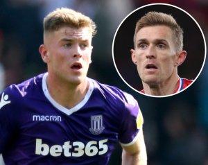 Fletcher ajánlatára a United a Stoke fiatal védőjét figyeli