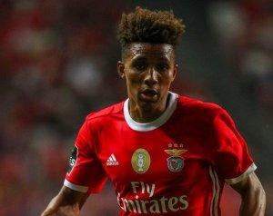 A Benfica hajlandó meghallgatni az ajánlatokat Fernandesért