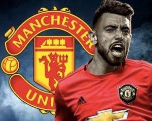HIVATALOS: Fernandes a United játékosa