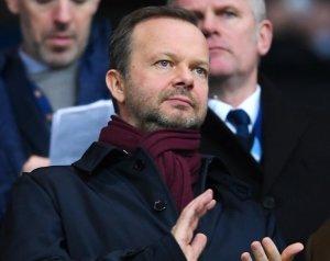 Woodward: Újjáépítés szempontjából fontos nyár előtt állunk