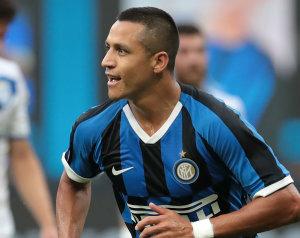 HIVATALOS: Alexis az Inter csapatához csatlakozik