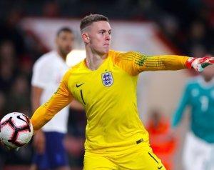 Henderson Wales ellen debütálhat