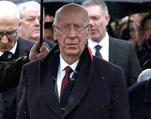 Sir Bobby Charlton betegsége elszomorítja a United családot