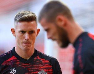 Henderson maradni akar Manchesterben