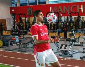 Martial: Varane tökéletesen illeszkedik a Unitedbe